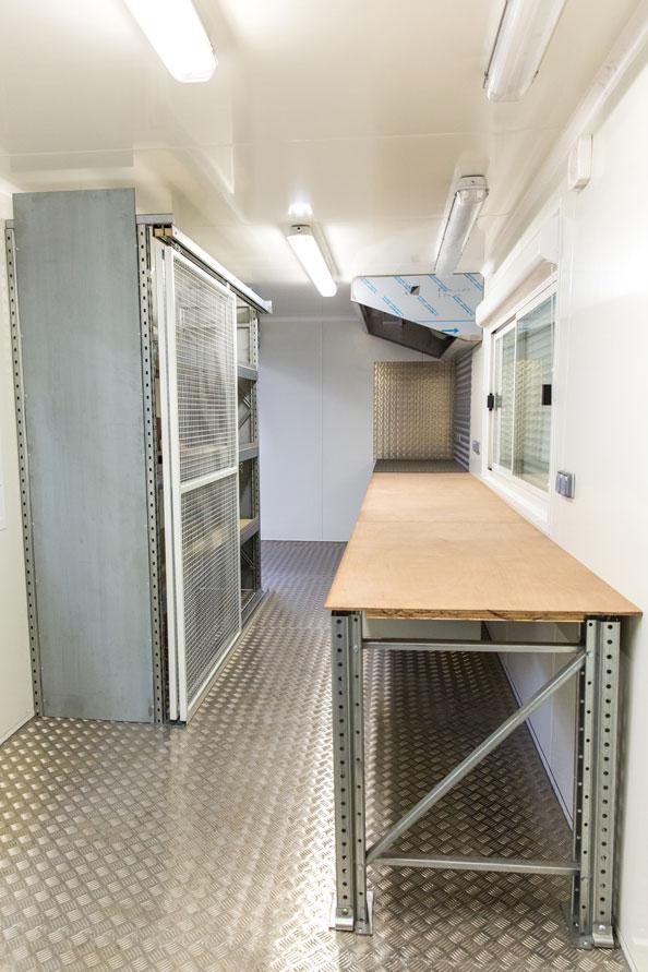 Am nagement container base vie atelier pour sncf for Amenagement conteneur maritime