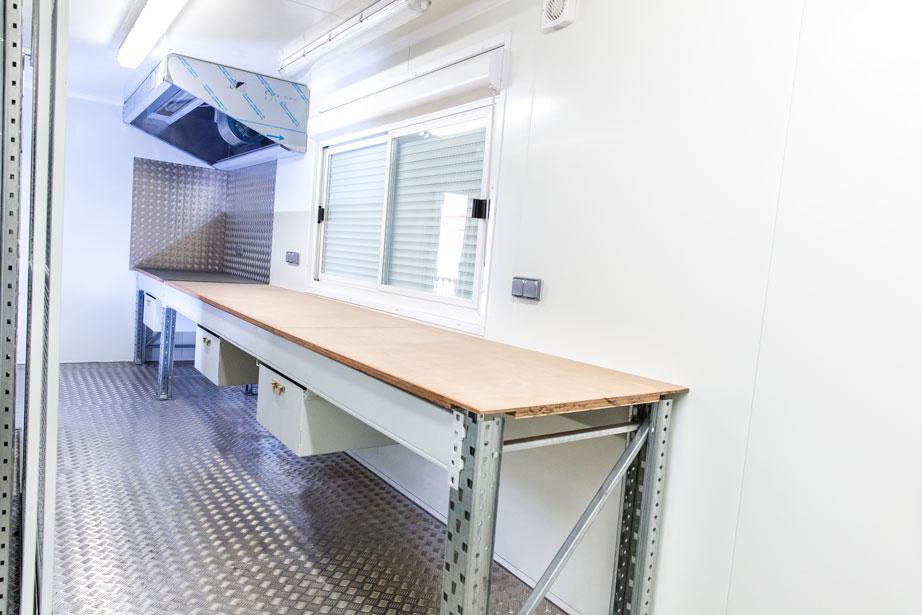 Am nagement container base vie atelier pour sncf for Amenagement container