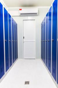 aménagement container vestiaire
