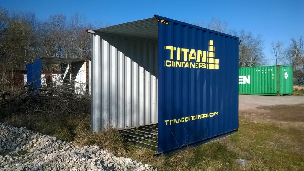 Anti gaspillage container recycl en container 10 pieds for Structure conteneur