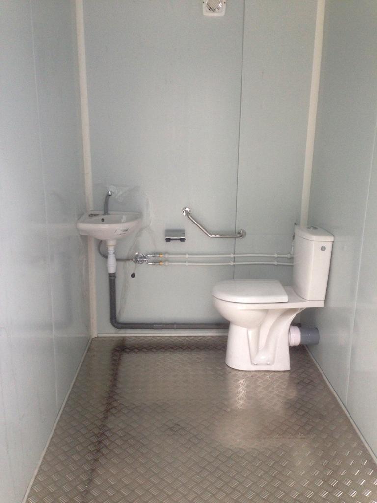 container sanitaires btp
