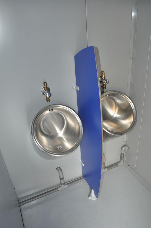 container urinoires