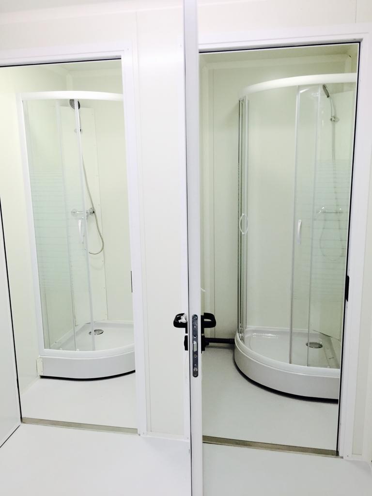 conteneur cabine douche