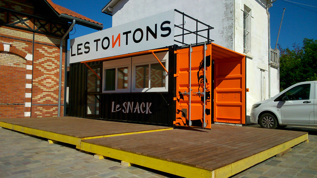 container snack bar