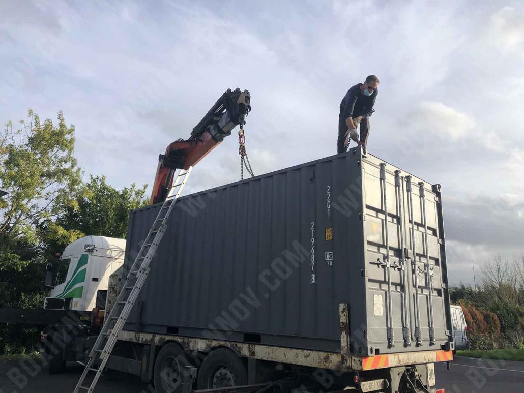 Livraison d'un conteneur stockage